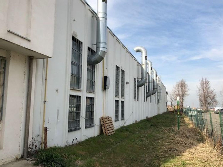 Immagine n. 3 - #7593 Capannone industriale di 2.350 mq