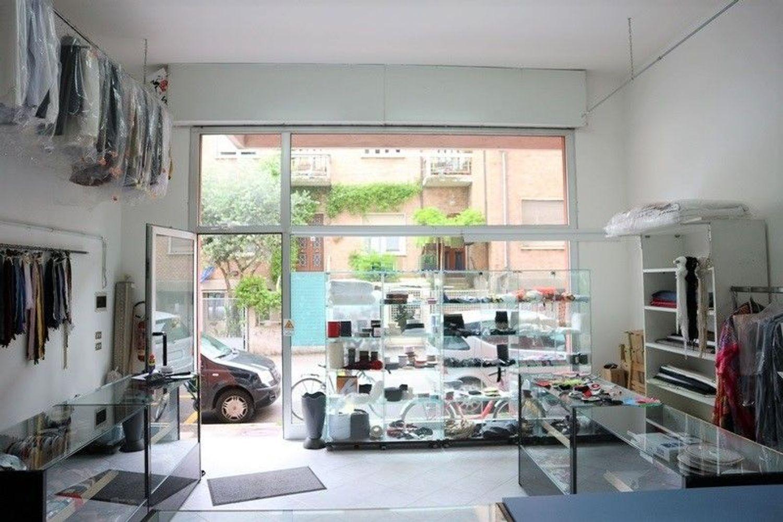 Immagine n. 3 - #7603 Negozio con vetrina (sub 27) in centro storico