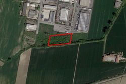 Agricultural land of  ,    square meters - Lote 7606 (Subasta 7606)