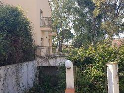 Appartamento con garage (sub.5 e 3)
