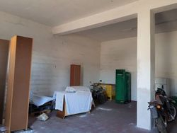 Warehouse with building area - Lote 7619 (Subasta 7619)