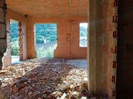Immagine n3 - Appartamento (sub.2) con area edificabile - Asta 7620