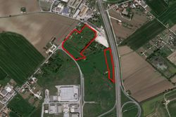 Agricultural land of   ,    square meters - Lote 7648 (Subasta 7648)