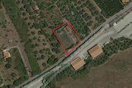 Immagine n0 - Quota 1/2 di terreno di 2070 mq con impianto sportivo - Asta 7705