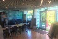 Immagine n2 - Tienda con showroom en un complejo comercial. - Asta 7746