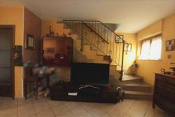 Casa a schiera con garage e cantina (sub 4) - Lotto 7759 (Asta 7759)