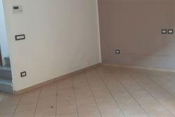 Casa a schiera con garage e cantina (sub 8)
