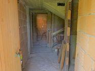 Immagine n1 - Appartamento su tre piani (sub 17) al grezzo - Asta 7786