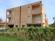 Immagine n0 - Appartamento su tre piani (sub 18) al grezzo - Asta 7787