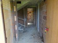 Immagine n1 - Appartamento su tre piani (sub 18) al grezzo - Asta 7787