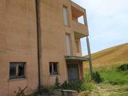 Immagine n11 - Appartamento su tre piani (sub 18) al grezzo - Asta 7787