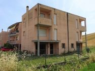 Immagine n0 - Appartamento su tre piani (sub 19) al grezzo - Asta 7788