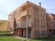Immagine n0 - Appartamento su tre piani (sub 16) al grezzo - Asta 7789