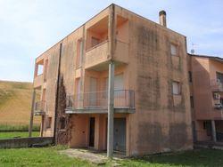 Appartamento su tre piani (sub 16) al grezzo