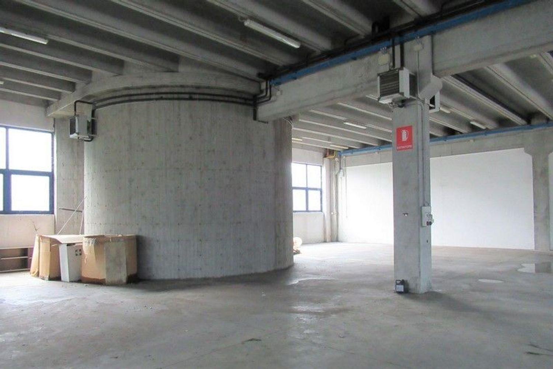 Immagine n. 3 - #7803 Capannone con laboratori, magazzini e uffici