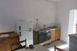 Abitazione residenziale con cantine