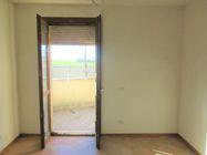 Immagine n2 - Appartamento al piano primo con garage e posto auto (sub 8) - Asta 7833