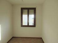 Immagine n3 - Appartamento al piano primo con garage e posto auto (sub 8) - Asta 7833