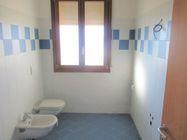 Immagine n4 - Appartamento al piano primo con garage e posto auto (sub 8) - Asta 7833