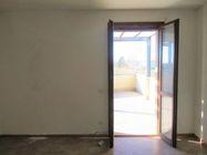Immagine n2 - Bilocale al piano primo con garage e posto auto (sub 9) - Asta 7834