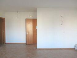 Appartamento al piano primo con garage e posto auto (sub 11)