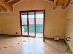 Appartamento al piano secondo con garage e posto auto (sub 14) - Lotto 7838 (Asta 7838)
