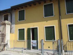 Appartamento duplex con corte e due garage (sub 6)