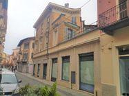 Immagine n1 - Porzione di palazzina con negozio e due uffici - Asta 7843