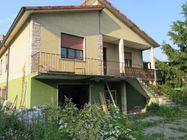 Immagine n0 - Casa indipendente e capannone - Asta 785
