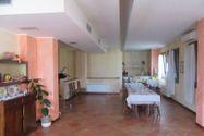 Immagine n2 - Edificio con ristorante, abitazione e cortile - Asta 7861