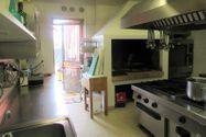 Immagine n3 - Edificio con ristorante, abitazione e cortile - Asta 7861