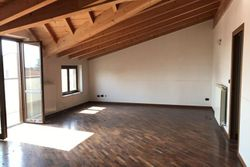 Three room apartment with cellar - Lote 7863 (Subasta 7863)