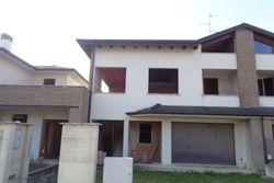 Rough terraced house  mapp.      - Lot 7881 (Auction 7881)