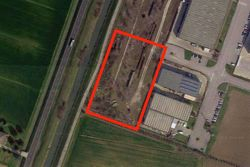 Industrial building land of      square meters - Lot 7887 (Auction 7887)