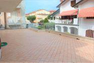 Immagine n2 - Appartamento con ampio terrazzo e posto auto - sub 18 - Asta 7922