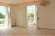 Immagine n0 - Appartamento al piano secondo con posto auto - sub 19 - Asta 7923