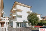 Immagine n7 - Appartamento al piano terzo con posto auto - sub 22 - Asta 7926