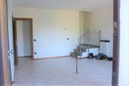 Immagine n2 - Appartamento con posti auto e moto - Asta 7932