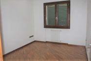 Immagine n8 - Appartamento con posti auto e moto - Asta 7932