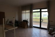 Immagine n1 - Three adjacent offices with parking spaces - Asta 7964