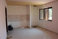 Immagine n6 - Two apartments with accessories - Asta 7973