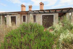Villetta bifamiliare (31CD) con giardino