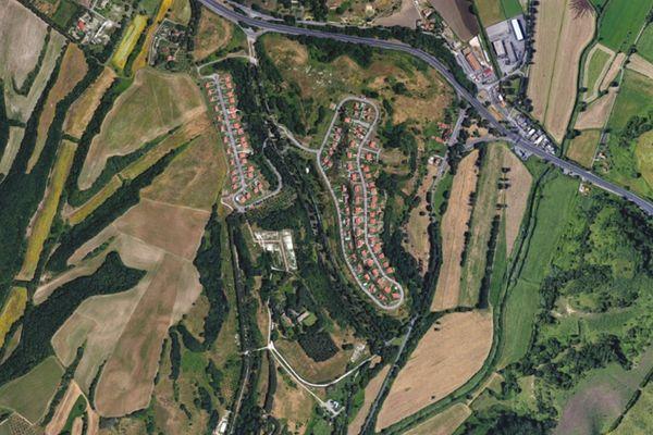 Immagine n0 - Planimetria - Vista aerea - Asta 8005