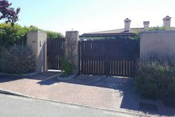 Single family house    B  with garden - Lot 8005 (Auction 8005)
