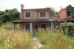 Villetta unifamiliare (16A) con giardino