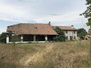 Immagine n0 - Fabbricato rurale con terreni - Asta 8024