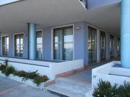 Immagine n0 - Due negozi al piano terra - Asta 8036