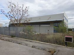 Industrial building with offices and outdoor area - Lot 8061 (Auction 8061)