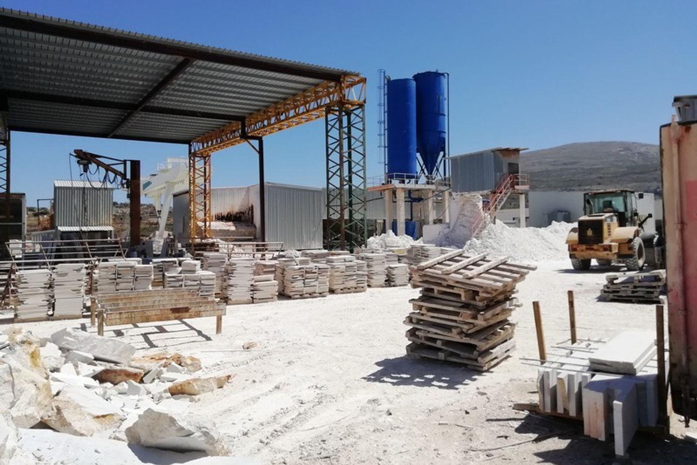 #8085 Opificio per la lavorazione del marmo
