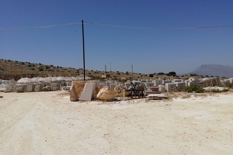 #8085 Opificio per la lavorazione del marmo in vendita - foto 4